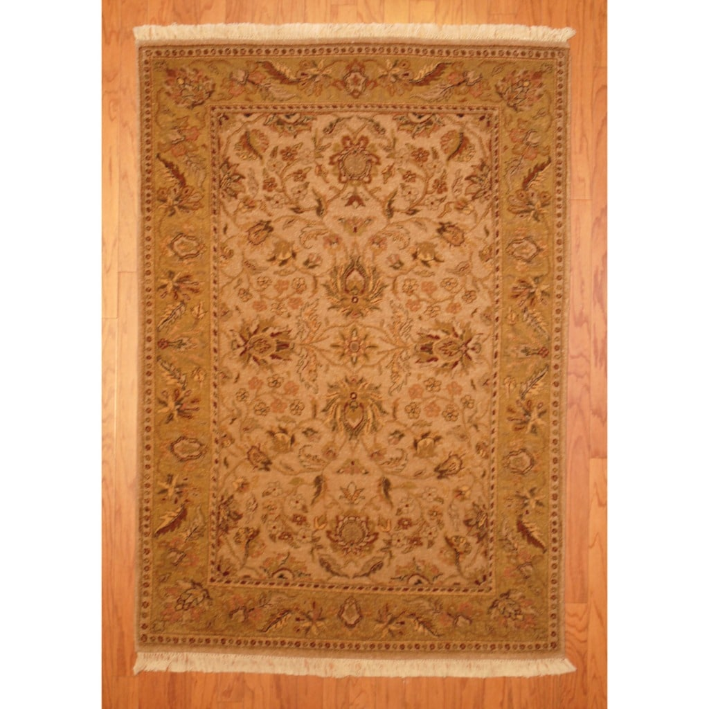 Herat Oriental Indo Hand-knotted Vegetable Dye Wool Rug (4'2 x 5'10)