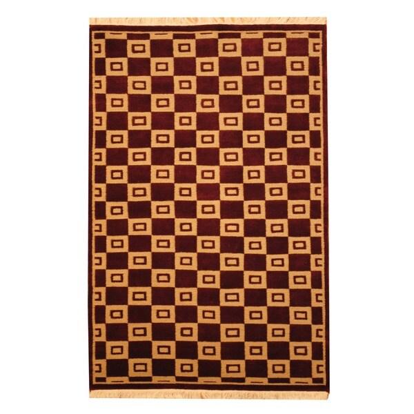 Herat Oriental Indo Hand-knotted Tibetan Beige/ Burgundy Wool Rug (4' x 6')