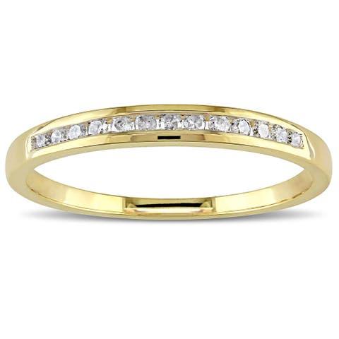 Miadora 10k Yellow or Rose Gold 1/8ct TDW Diamond Wedding Band