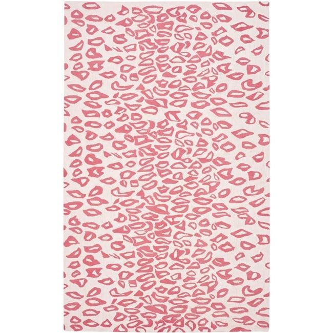 Safavieh Handmade Children's Leopard Ivory/ Pink Wool Rug (5' x 8')
