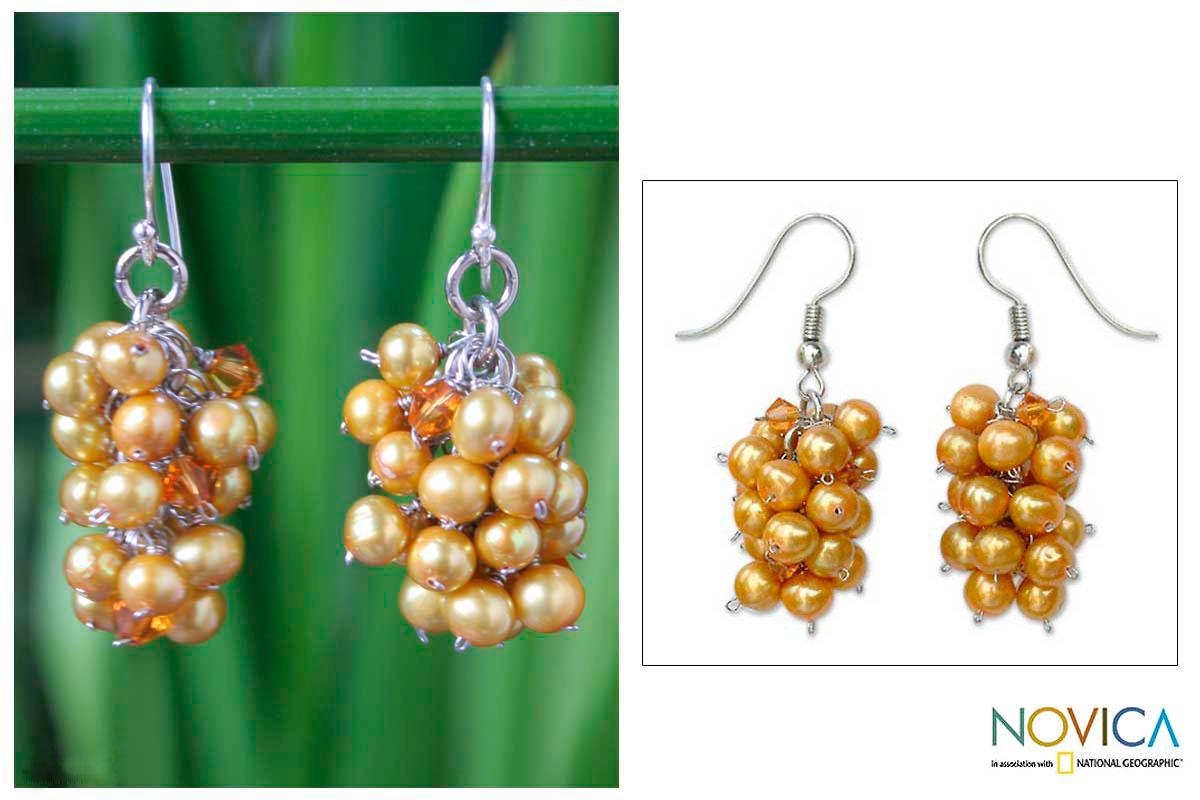 Handmade Stainless Steel 'Golden Grapes' Pearl Earrings (4-4.5 mm) (Thailand)