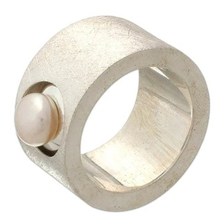 Handmade Sterling Silver 'Simplicity' Pearl Ring (8.5-9 mm) (Indonesia)