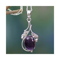 Handmade Sterling Silver 'Indian Sugarplum' Amethyst Necklace (India)