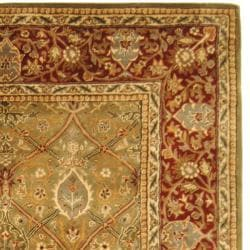Safavieh Handmade Persian Legend Light Green/ Rust Wool Rug (6' x 9') - Thumbnail 1