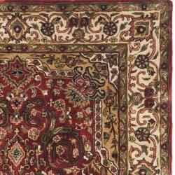Safavieh Handmade Persian Legend Red/Ivory Wool Oriental Rug (4' x 6') - Thumbnail 1