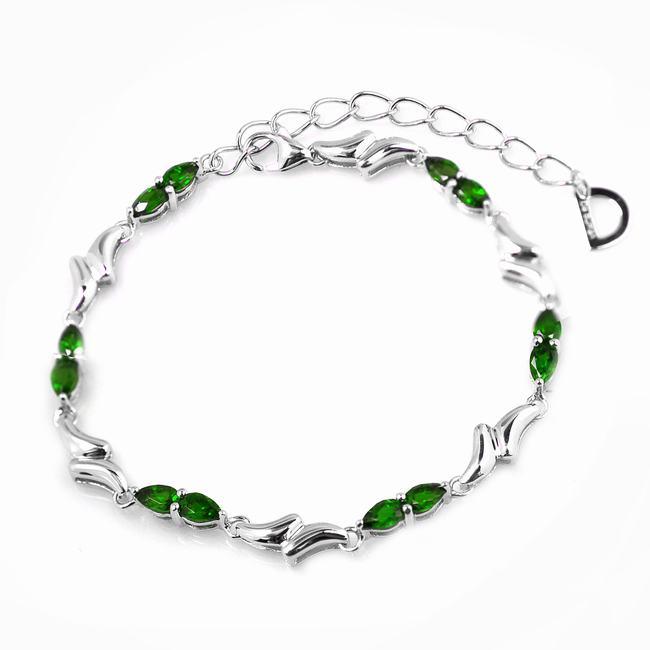 De Buman Sterling Silver Pear-cut Chrome Diopside Bracelet
