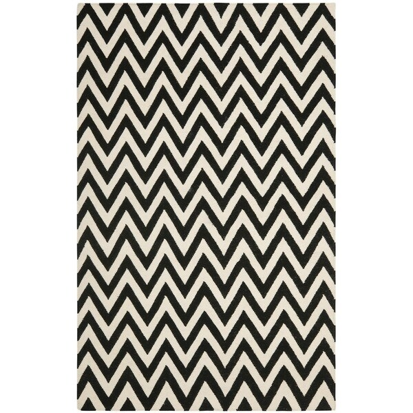 Safavieh Hand-woven Moroccan Reversible Dhurrie Chevron Black/ Ivory Wool Rug (6' x 9')