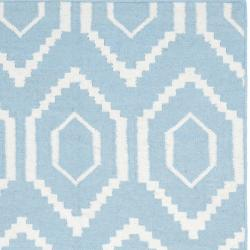 Safavieh Hand-woven Moroccan Reversible Dhurrie Blue/ Ivory Wool Rug (3' x 5') - Thumbnail 1
