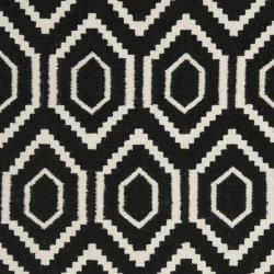 Safavieh Contemporary Moroccan Reversible Dhurrie Black/Ivory Wool Rug (5' x 8') - Thumbnail 2