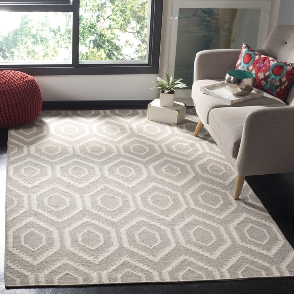 Safavieh Moroccan Reversible Dhurrie Grey/Ivory Wool Area Rug (4' x 6')