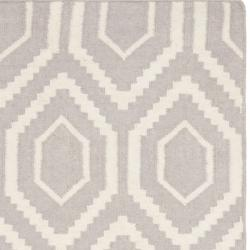 Safavieh Moroccan Reversible Dhurrie Grey/Ivory Pure Wool Rug (3' x 5') - Thumbnail 1