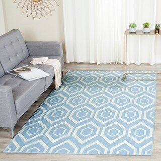 Safavieh Hand-woven Moroccan Reversible Dhurrie Blue/ Ivory Wool Rug (5' x 8')