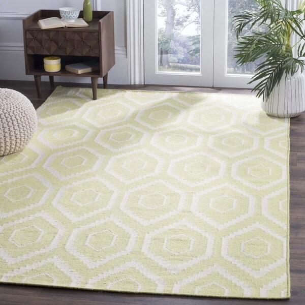 Safavieh Handwoven Moroccan Reversible Dhurrie Green/ Ivory Wool Area Rug (4' x 6')