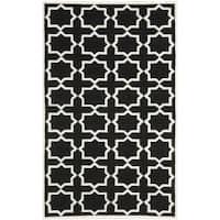 Safavieh Handwoven Moroccan Reversible Dhurrie Black/ Ivory Wool Area Rug - 4' x 6'