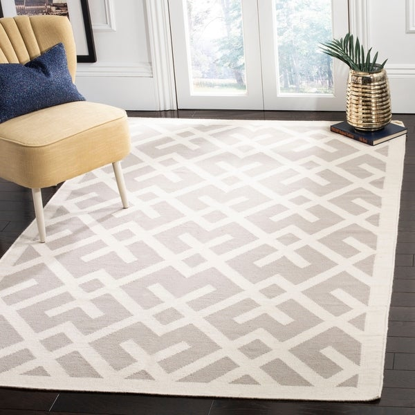 Safavieh Handwoven Moroccan Reversible Dhurrie Geometric-pattern Grey/ Ivory Wool Rug - 10' x 14'