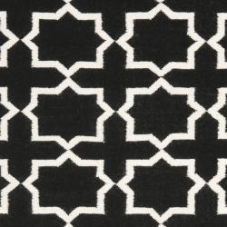 Safavieh Moroccan Reversible Dhurrie Transitional Black/Ivory Wool Rug (9' x 12') - Thumbnail 2