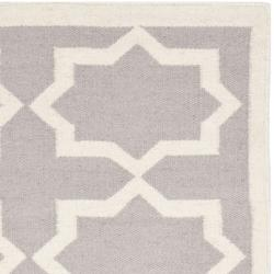 Safavieh Handwoven Moroccan Reversible Dhurrie Transitional Grey/ Ivory Wool Rug (3' x 5')