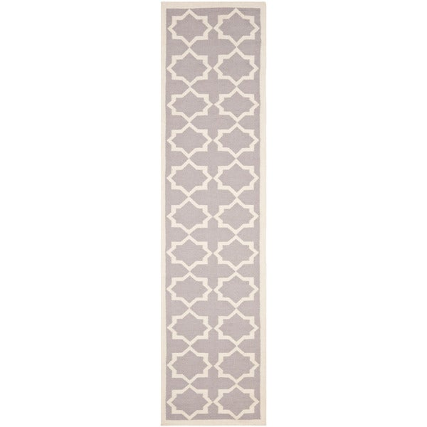 Safavieh Hand-woven Moroccan Reversible Dhurrie Grey/ Ivory Wool Rug (2'6 x 10')