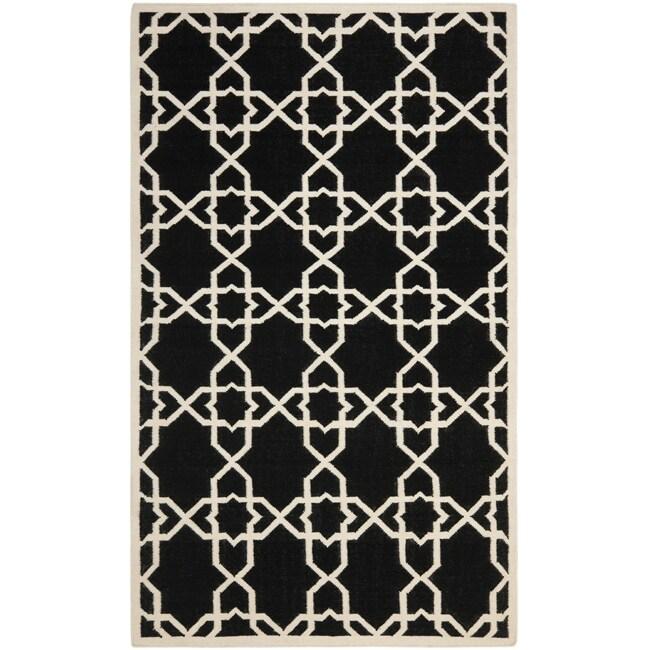 Safavieh Moroccan Reversible Dhurrie Geometric Black/Ivory Wool Rug (4' x 6')