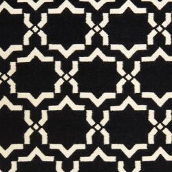 Safavieh Moroccan Reversible Dhurrie Black/Ivory Casual Indoor Wool Rug (8' x 10') - Thumbnail 2