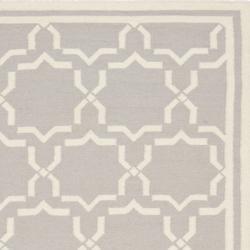 Safavieh Moroccan Handwoven Reversible Dhurrie Grey/Ivory Wool Rug (6' Square)