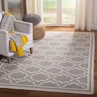 Safavieh Hand-woven Dhurrie Flatweave Trellis Grey/ Ivory Wool Rug - 8' x 10'