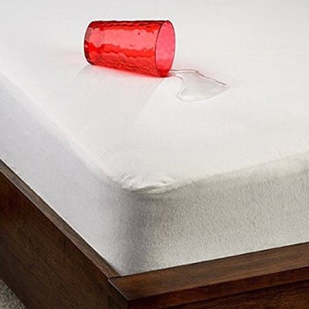 Christopher Knight Home Smooth Tencel Waterproof Twin-size Mattress Protector - White