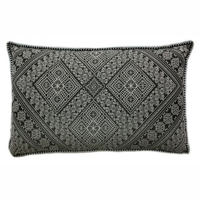 nuLOOM Decorative Moroccan Embroidered Black Pillow