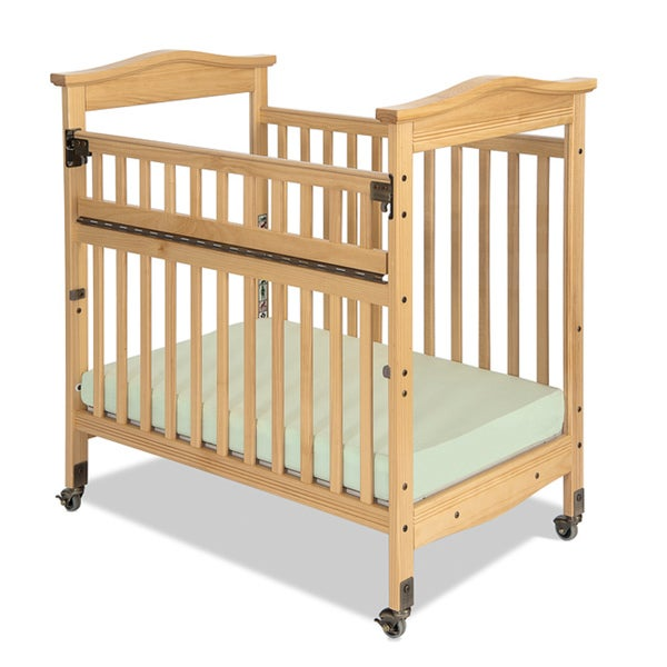 Foundations Biltmore Clearview SafeReach Compact Crib in Natural
