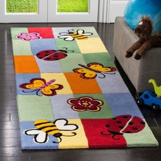 "Safavieh Handmade Children's Garden Friends New Zealand Wool Rug - multi - 2'3"" x 7'"