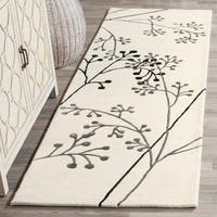"Safavieh Handmade Vine Ivory/ Grey New Zealand Wool Rug - 2'6"" x 8'"