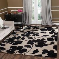 Safavieh Handmade Shadows Beige New Zealand Wool Rug - 5' x 8'
