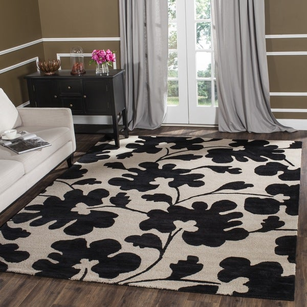 Safavieh Handmade Shadows Beige New Zealand Wool Rug - 7'6 x 9'6