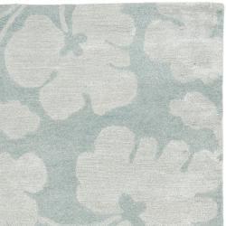 Safavieh Handmade Shadows Light Blue New Zealand Wool Rug (5'x 8') - Thumbnail 1