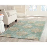 Safavieh Handmade Medallion Turquoise New Zealand Wool Rug - 5' x 8'