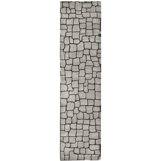 Safavieh Handmade Terra Grey New Zealand Wool Rug (2'6 x 8')