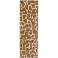 Safavieh Handmade Giraffe Beige New Zealand Wool Rug - 2'6 x 10'