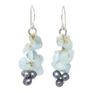 Handmade Silver 'Afternoon Sigh' Pearl Aquamarine Earrings (4 mm) (Thailand)