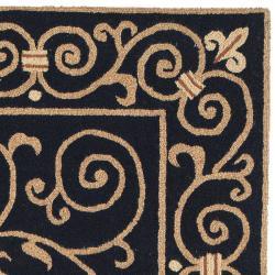 Safavieh Hand-hooked Chelsea Irongate Black Wool Rug (5'3 x 8'3) - Thumbnail 1