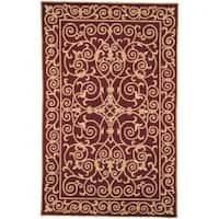 Safavieh Hand-hooked Chelsea Irongate Burgundy Wool Rug - 3'9 x 5'9