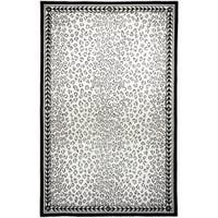 "Safavieh Hand-hooked Chelsea Leopard White Wool Rug - 3'9"" x 5'9"""