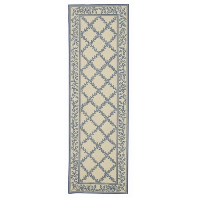 Safavieh Hand-hooked Trellis Ivory/ Light Blue Wool Rug (2'6 x 6')
