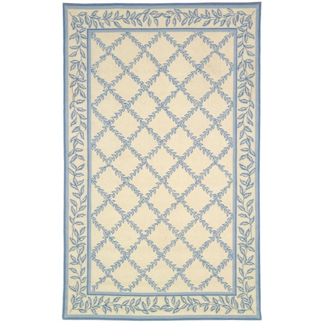 Safavieh Hand-hooked Trellis Ivory/ Light Blue Wool Rug (5'3 x 8'3)