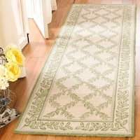 Safavieh Hand-hooked Trellis Ivory/ Light Green Wool Rug (2'6 x 10') - 2'6 x 10'