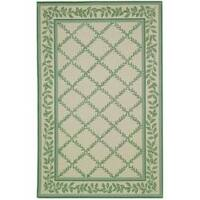 Safavieh Hand-hooked Trellis Ivory/ Light Green Wool Rug - 3'9 x 5'9