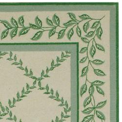 Safavieh Hand-hooked Trellis Ivory/ Light Green Wool Rug (6' x 9') - Thumbnail 1