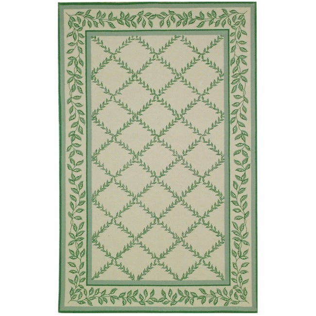 Safavieh Hand-hooked Trellis Ivory/ Light Green Wool Rug - 7'6 x 9'9