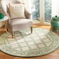 Safavieh Hand-hooked Trellis Ivory/ Light Green Wool Rug - 8' x 8' Round