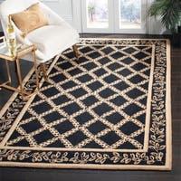 Safavieh Hand-hooked Trellis Black/ Beige Wool Rug - 6' x 9'