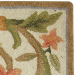 Safavieh Hand-hooked Garden Scrolls Ivory Wool Rug (1'8 x 2'6) - Thumbnail 1